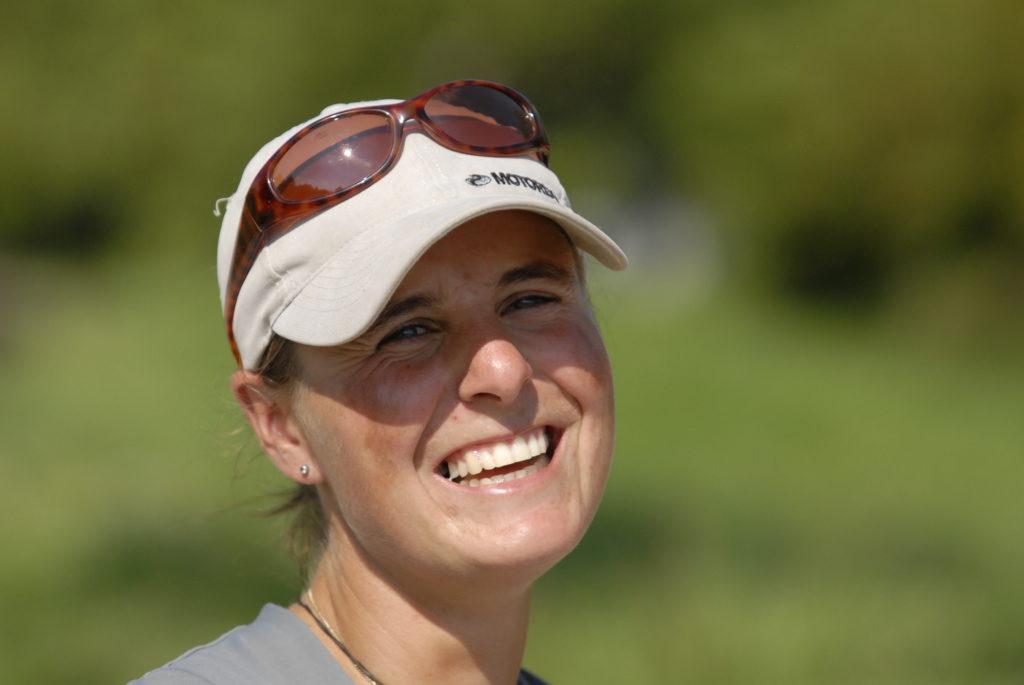 Portrait von Sandra Gsell-Seidinger, diplomierte Masseurin und FN-geprüfte Bereiterin